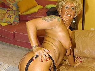 Oma nackt und pervers